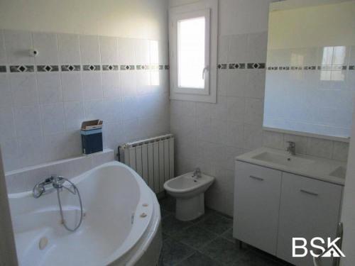 Vente - Villa 5 pièces - 110 m2 - Agen - Photo
