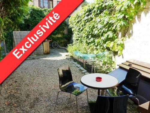 Produit d'investissement - Immeuble - 185 m2 - Saint Genis Laval - COUR T2DUPLEX RDC - Photo