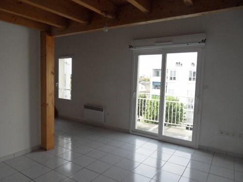 Rental apartment Cognac 422€ CC - Picture 2