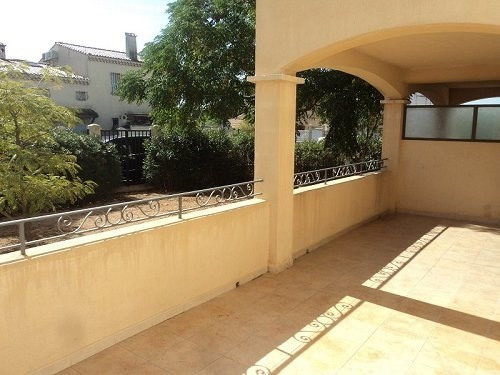 Location appartement Marignane 839€cc - Photo 4