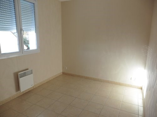 Location maison / villa Bu 606€ CC - Photo 6