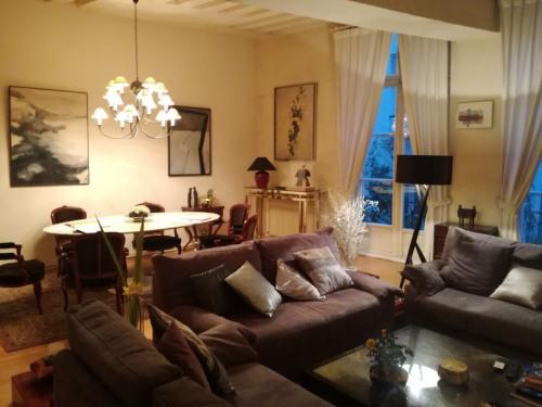 Viager - Appartement 3 pièces - 93 m2 - Paris 4ème - Photo