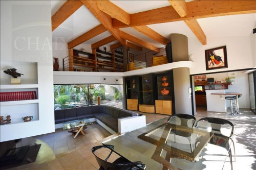 Deluxe sale - Contemporary house 6 rooms - 240 m2 - Aubagne - Photo
