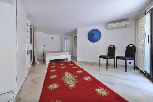 Vente de prestige - Villa 12 pièces - 245 m2 - Nîmes - Photo