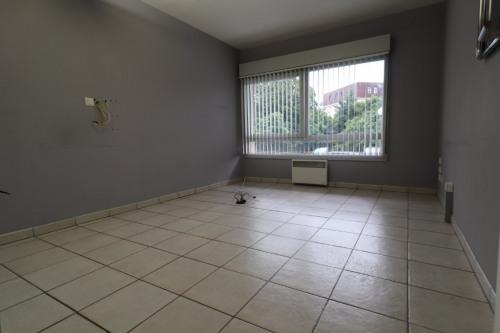 Rental - Shop 1 rooms - 60 m2 - Toulouse - Photo