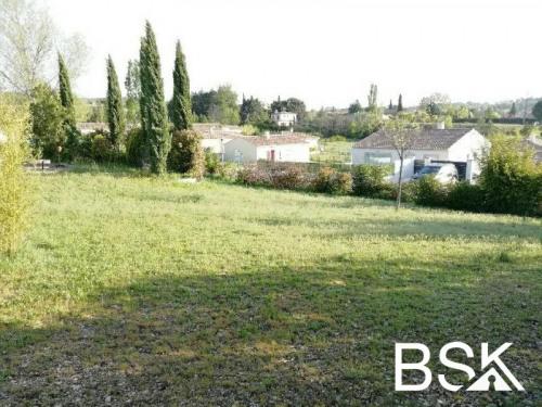 Vente - Terrain - 880 m2 - Saint Maximin la Sainte Baume - Photo