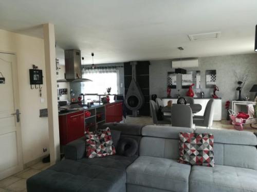 Vente - Propriété 8 pièces - 180 m2 - Artannes sur Indre - Photo