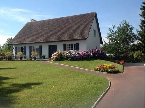 Sale house / villa Poix de picardie 255000€ - Picture 1