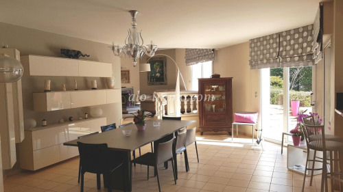 Deluxe sale - Traditional house 5 rooms - 219 m2 - Die - Photo