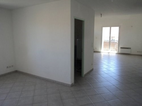 Rental apartment Chateauneuf les martigue 865€ CC - Picture 4
