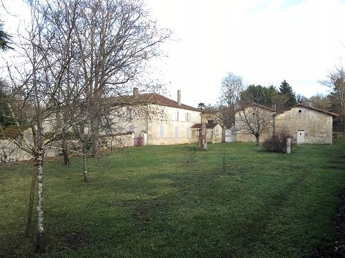 Deluxe sale house / villa Brives sur charente 682 500€ - Picture 2