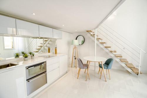 Vente - Appartement 2 pièces - 45,31 m2 - Villefranche sur Mer - Photo