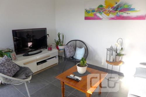 Sale - House / Villa 4 rooms - 81.42 m2 - Pleuven - Photo