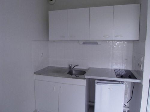 Rental apartment Cognac 268€ CC - Picture 3
