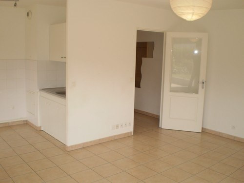 Location appartement Montbonnot 675€ CC - Photo 2