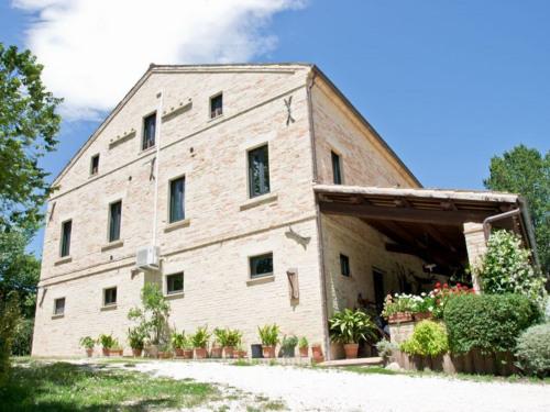 Verkoop  - villa 12 Vertrekken - 400 m2 - Monte Vidon Corrado - Photo