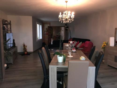 Verkauf - Haus 5 Zimmer - 249 m2 - Chemillé - Photo