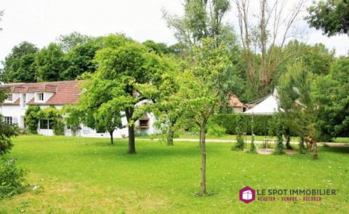Vente - Maison longère 6 pièces - 165 m2 - Thoiry - Photo