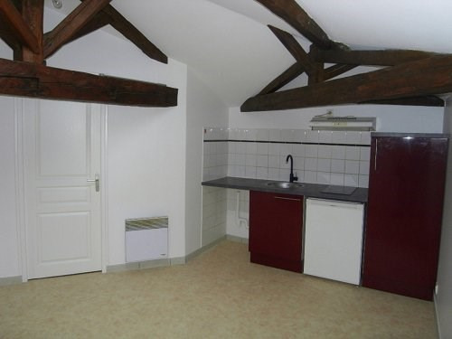 Rental apartment Cognac 345€ CC - Picture 1