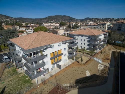 New home sale - Programme - Manosque - vue drone bat A et B - Photo