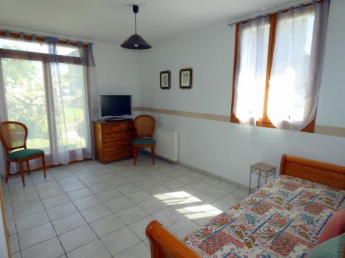 Deluxe sale - (detached) house 14 rooms - 421 m2 - Mareil en France - Photo