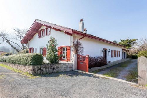 Vente - Maison / Villa 6 pièces - 293 m2 - Ascain - Photo