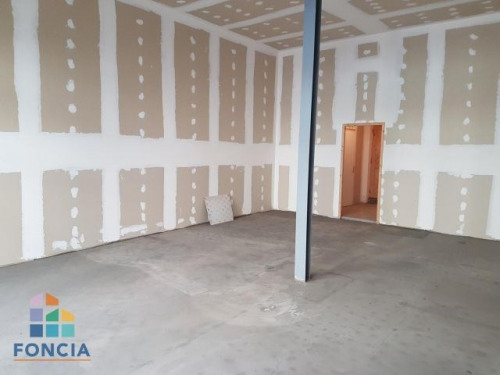 Location - Local commercial - 65 m2 - Béziers - Photo