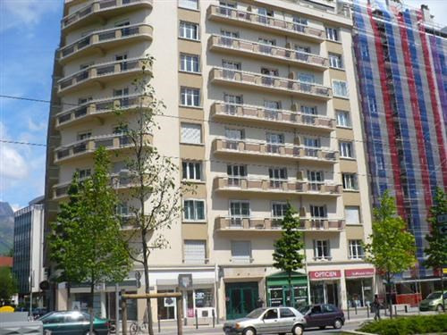 Location appartement Grenoble 748€ CC - Photo 8