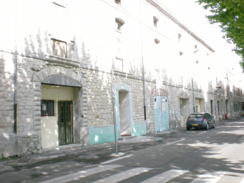 Sale - Empty room/Storage - 3167 m2 - Bourg Saint Andéol - Photo