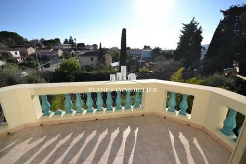 Vente de prestige - Villa 6 pièces - 267 m2 - Juan les Pins - Photo
