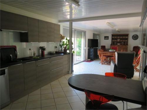 Vente - Maison / Villa 8 pièces - 288 m2 - Fléac - Photo