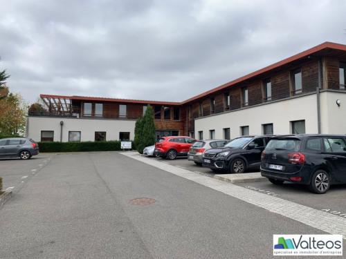 Rental - Office - 225 m2 - Magny le Hongre - Photo