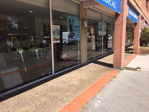 Rental - Shop - 160 m2 - Toulouse - Photo
