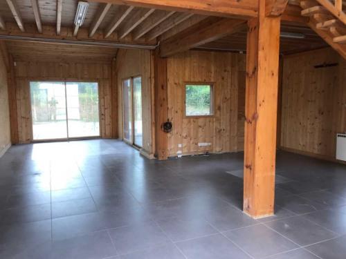Verhuren  - Bedrijfsruimte - 240 m2 - Magny en Vexin - Photo