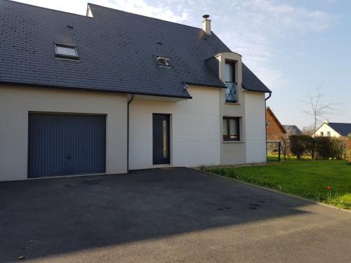 出租 - 住宅/别墅 6 间数 - 95 m2 - Fontenay le Pesnel - Photo