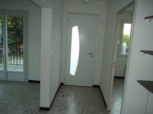 Location maison / villa Marignane 980€cc - Photo 5