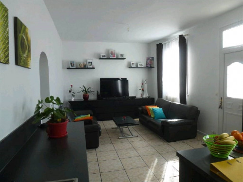 Revenda - casa de campo isolada 4 assoalhadas - 85 m2 - Villeneuve le Roi - Photo