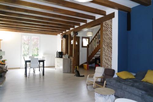 Verkauf - Haus 6 Zimmer - 160 m2 - Fussy - Photo