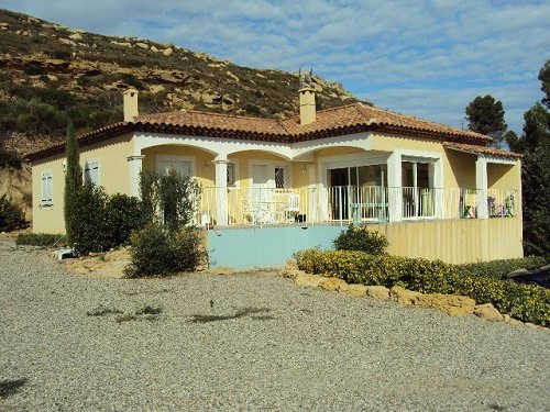 Rental house / villa Istres 1 500€ CC - Picture 1