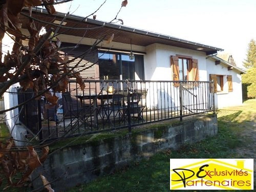 Sale house / villa Houdan 180 000€ - Picture 1