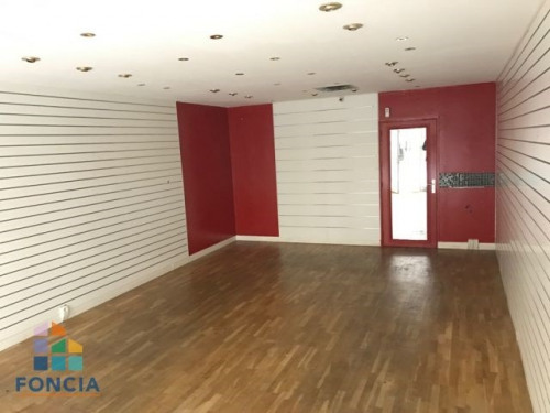 Rental - Shop - 40 m2 - Chartres - Photo