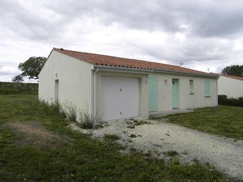 Rental house / villa Lonzac 653€ CC - Picture 2