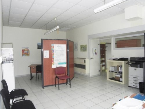 Rental office Cognac 1 250€ CC - Picture 3