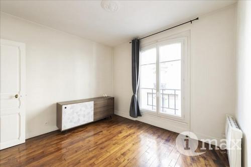 Sale - Apartment 3 rooms - 53 m2 - Bois Colombes - Photo