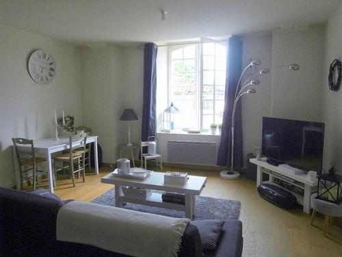 Rental apartment Cognac 537€ CC - Picture 2