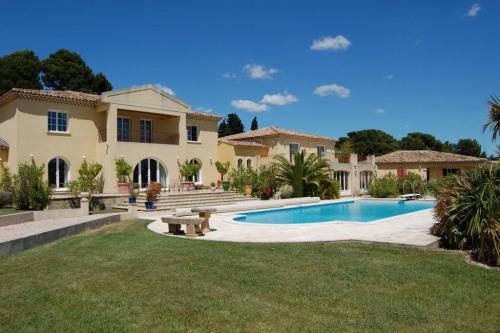 Vente de prestige - Bastide 9 pièces - 600 m2 - Les Baux de Provence - Photo