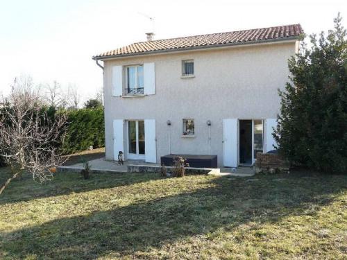 Location - Villa 5 pièces - 122 m2 - Charly - Photo
