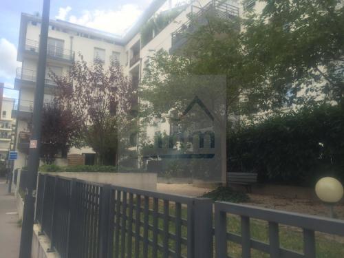 Vente - Appartement 4 pièces - 66 m2 - Villeurbanne - Photo