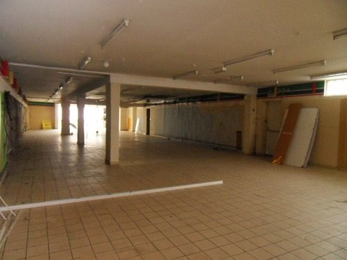 Sale empty room/storage Cognac 117700€ - Picture 1