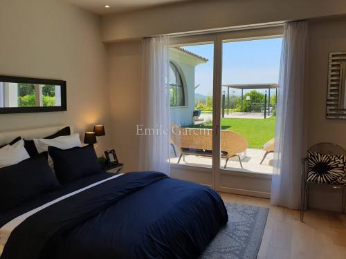 Vermietung von Ferienwohnung - Wohnung 8 Zimmer - 550 m2 - Mougins - Photo